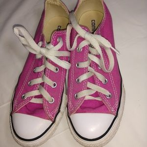 Converse shoes sz 2 youth